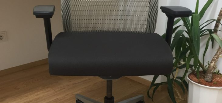 """Where you sit determines how you think – Steelcase """"Think"""""""